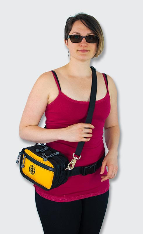 Use d-rings and strap to carry as a purse