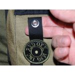 Thumb and finger pocket snaps