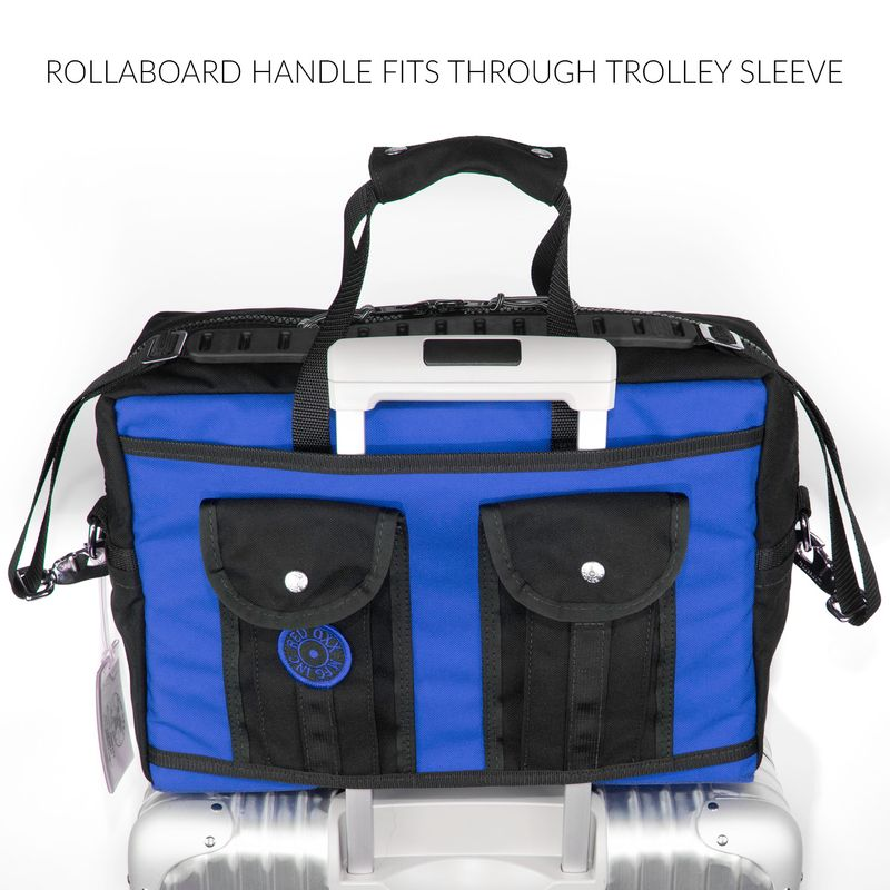 A trolley sleeve behind the gator pockets, allows the bag to slide over your handle