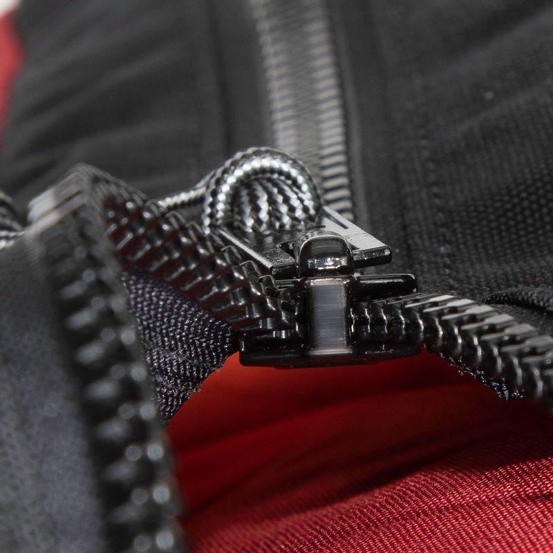 #10 Chain zipper will work no matter the weather