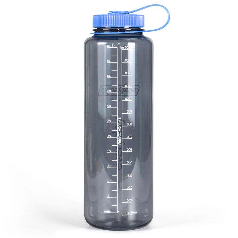 The Tritan holds up to 48oz