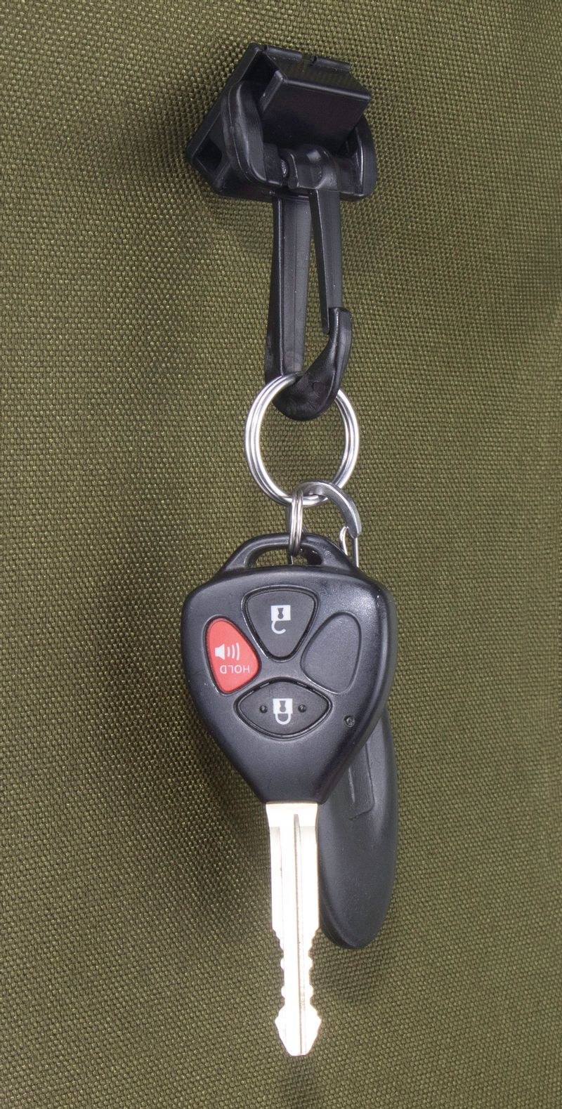 Red Oxx Pin Mount Key Clip with keys