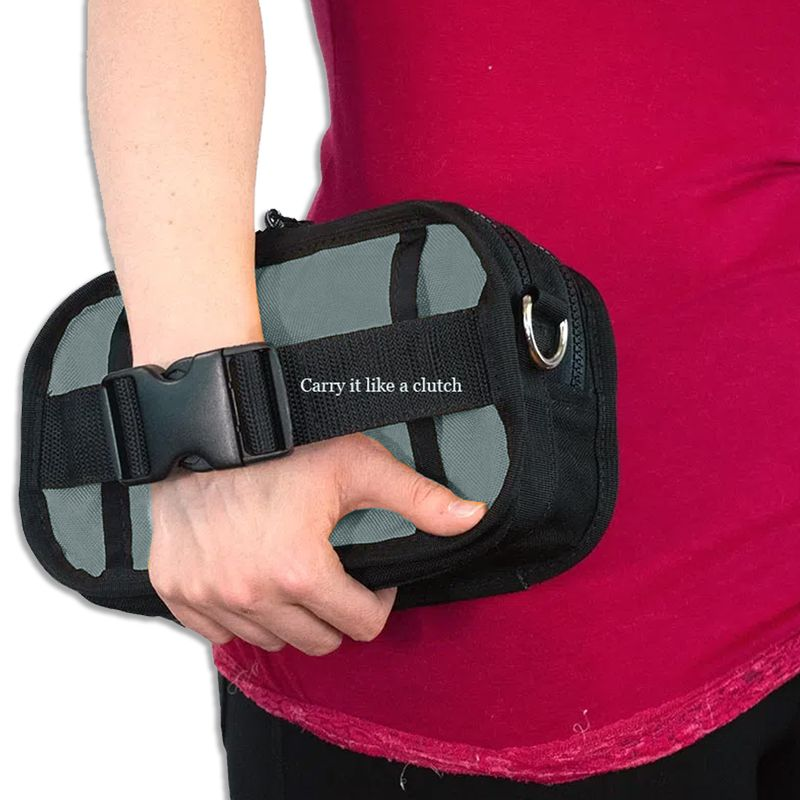Carry-your-Red-Oxx-Booty-Boss-clutch-style