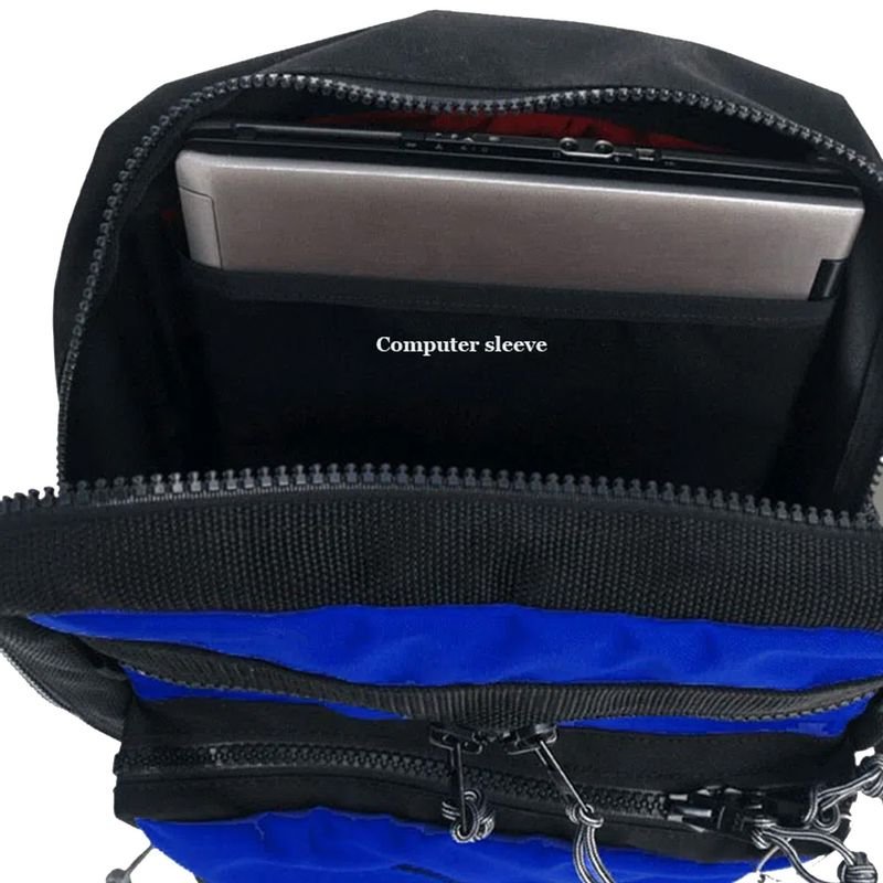 Red-Oxx-Kat-Pack-has-a-laptop-sleeve-inside